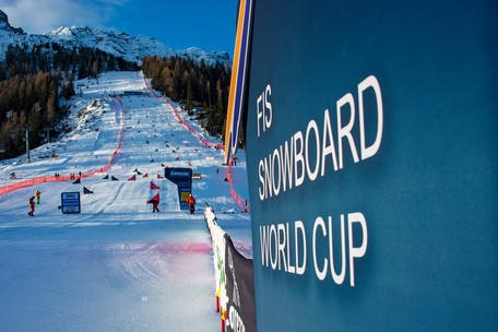 Snowboard FIS World Cup Carezza