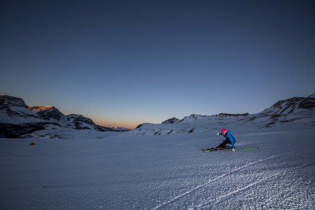 #Trentinoskisunrise: Skiing at dawn and king-size breakfasts in a mountain hut at San Pellegrino